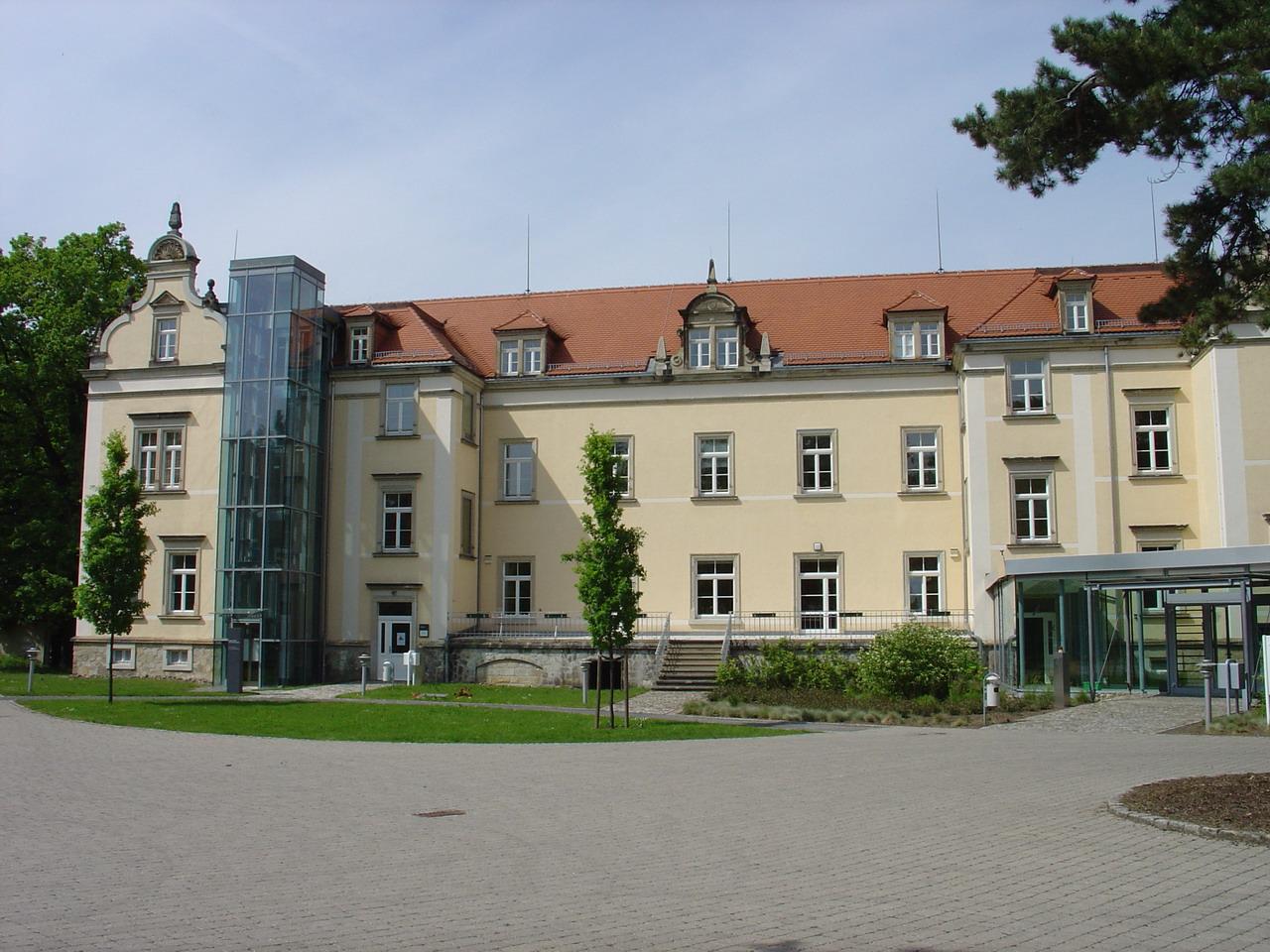 Schloss Sonnenstein. Här genomfördes Aktion T4, ett eutanasiprogram